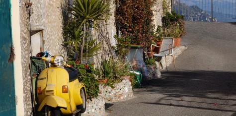 Réserver voyage à moto Augustin de Chassy